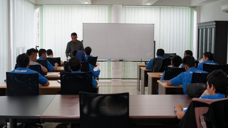 kursus bahasa inggris untuk perusahaan